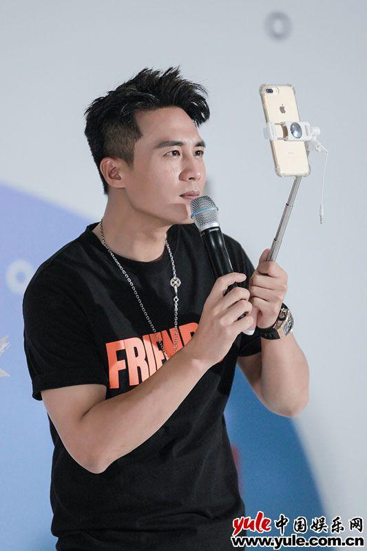 杜淳生日邀粉丝走红毯 延续太阳村6年公益事业资讯生活